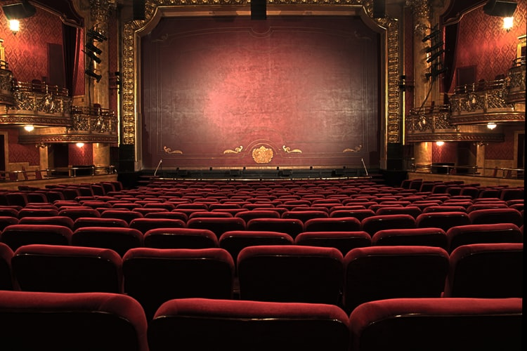 play theatre seats